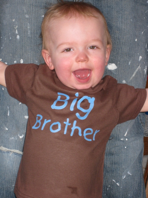 Eli is gonna be a big brother in November 2010!!! This is how we told our family and friends that we were expecting Noah.